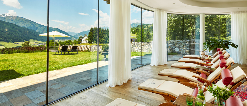 lounges-with-views-schloss-mittersill-kitzbuhel-austria.jpg